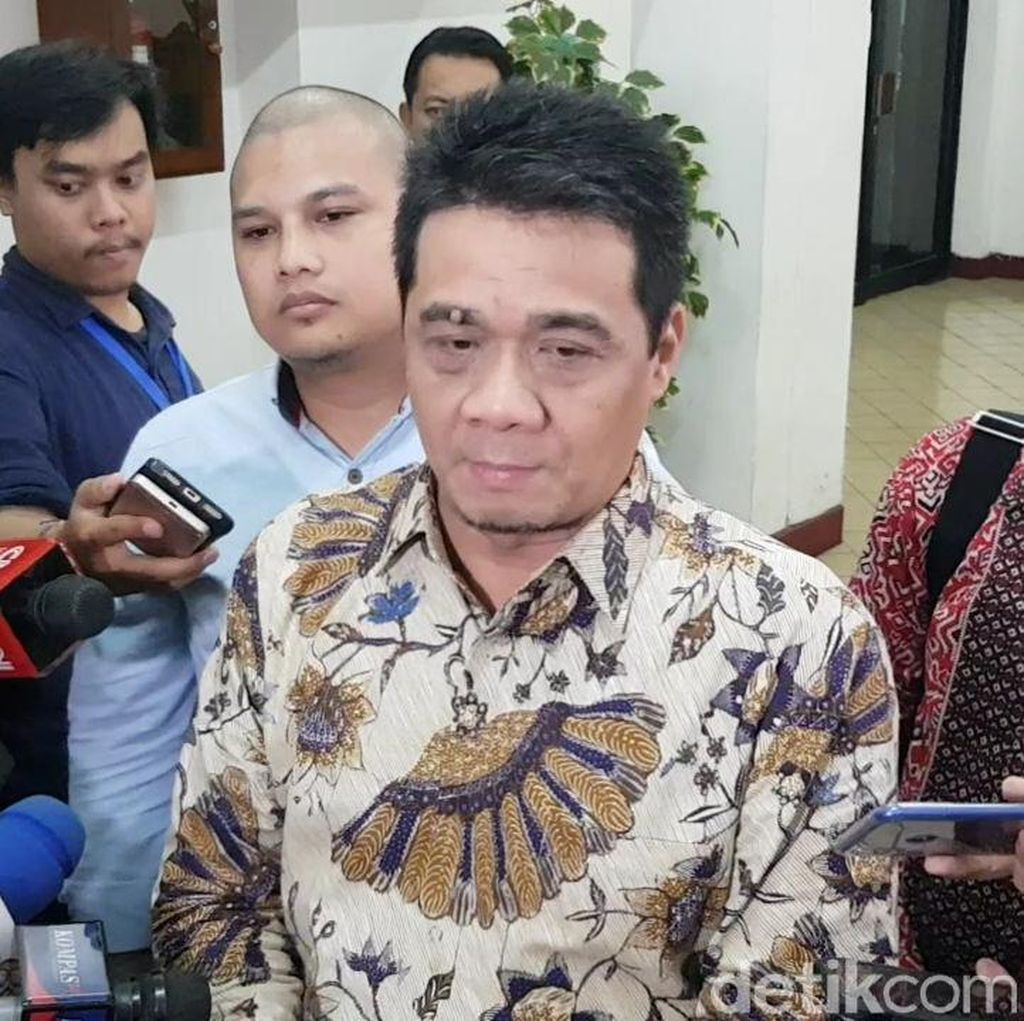 Soal Luhut Diutus Jokowi untuk Temui Prabowo, BPN: Mau Lobi Apa?