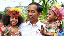 Intip 7 Potret Hangatnya Kebersamaan Jokowi dengan Anak-anak