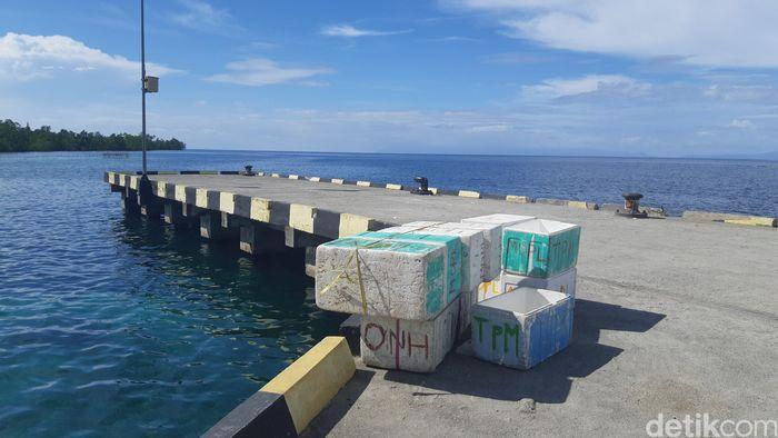 Pelabuhan Jojame, Pulau Madapolo. (Danu Damarjati/detikcom)