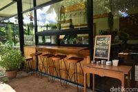 Yamalu: Ngopi Sambil Bersantai di Coffee Shop Tersembunyi