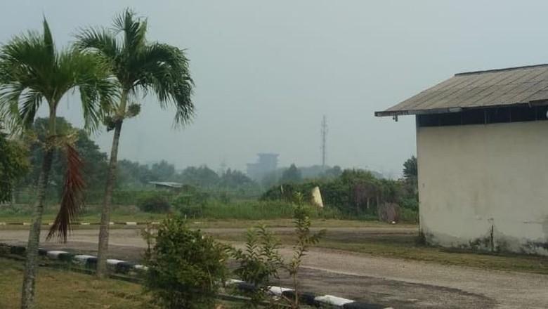 Imbas Karhutla, Kota Dumai Riau Diselimuti Asap Tipis