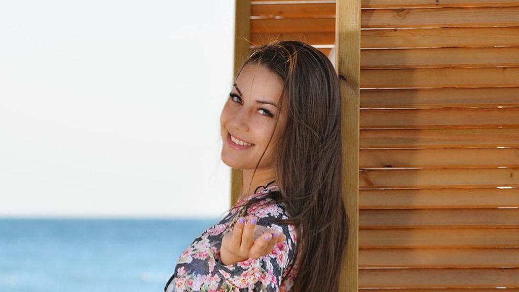 Foto: Liburannya Petinju Terseksi yang Menolak Masuk Model Playboy