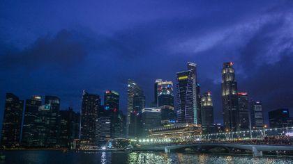 Keindahan Malam di Singapura