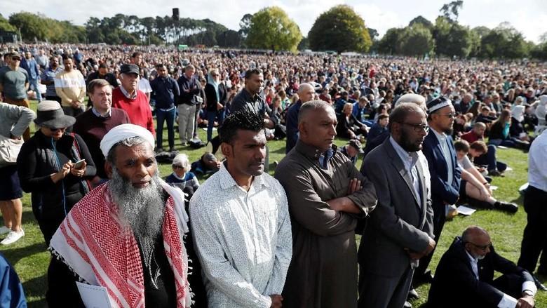 Ribuan Orang di Memorial Teror New Zealand, Nama-nama Korban Dibacakan