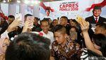 Usai Debat, Giliran Jokowi-Maruf jadi Sasaran Selfie