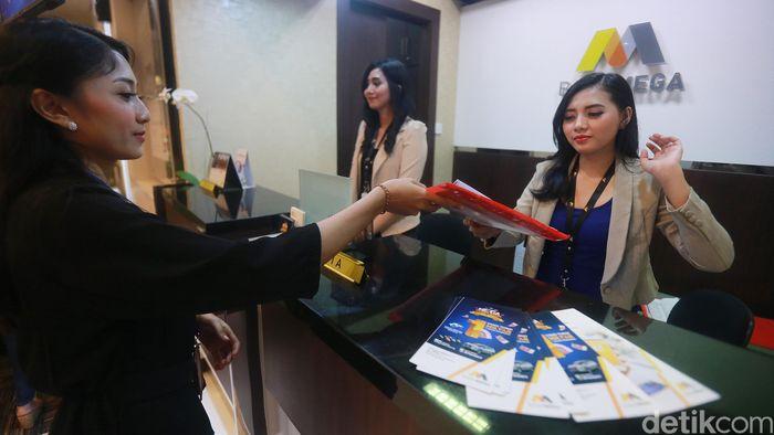 Bank Mega membuka layanan perbankan di Trans Studio Mall (TSM) Denpasar, Bali guna mendekatkan pelayanan kepada nasabah yang berada di pusat perbelanjaan.