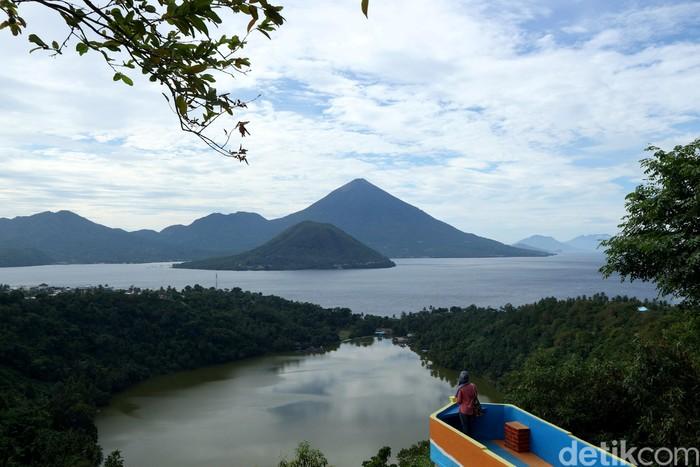 Ilustrasi Pemandangan Ternate (Foto: Agung Pambudhy/detikcom)