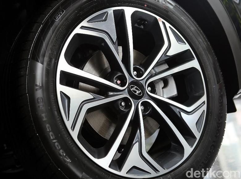 Pelek 2 warna Hyundai