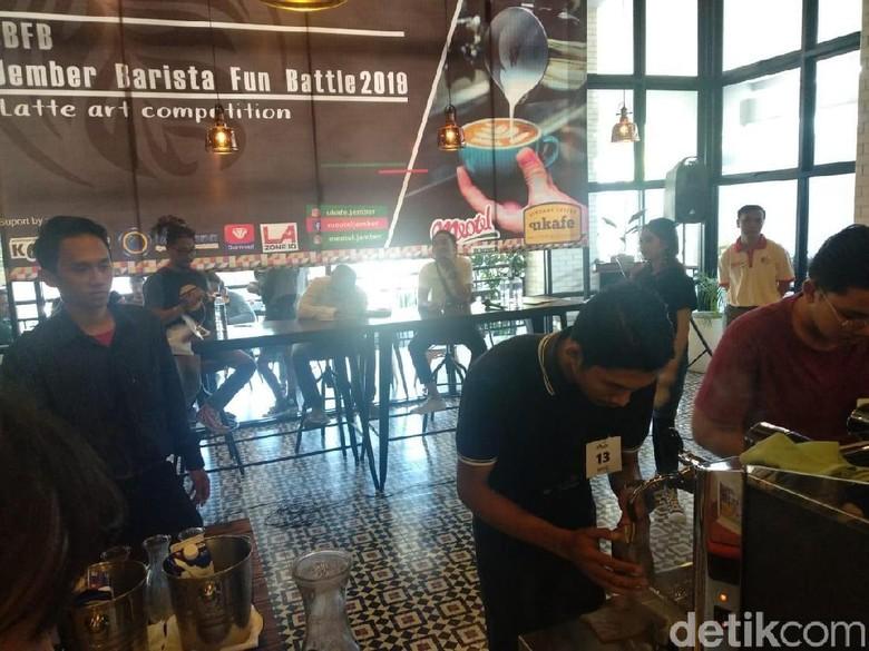 Digelar Kompetisi Latte Art Pacu Skill Barista Jember