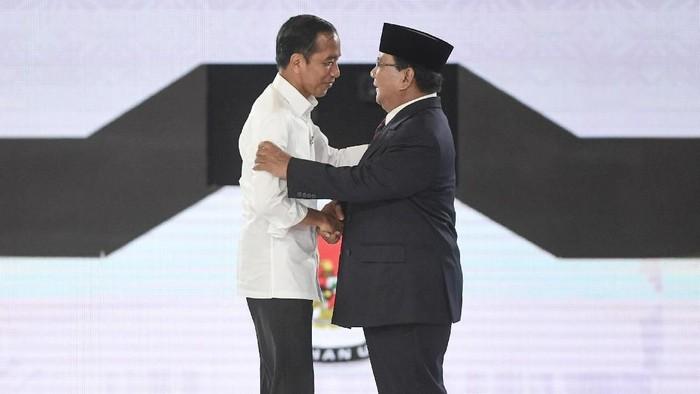 Jokowi dan Prabowo. (Foto: ANTARA FOTO/Hafidz Mubarak A)