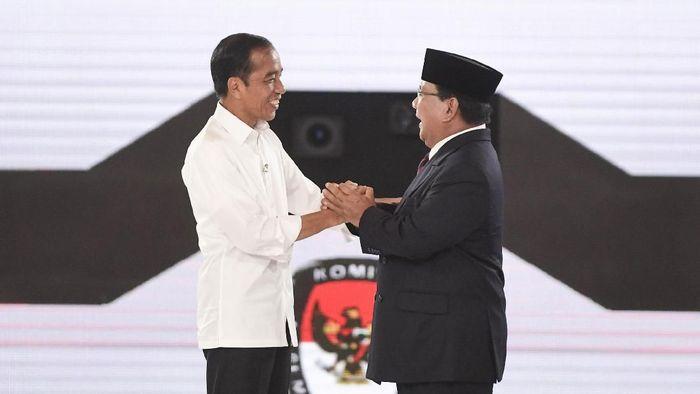 Lalu Muhammad Zohri pilih Jokowi atau Prabowo? (ANTARA FOTO/Hafidz Mubarak A)