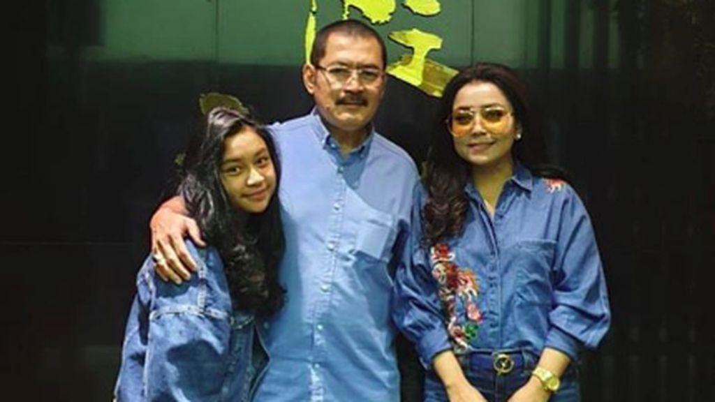 Intip Anniversary Mayangsari-Bambang Trihatmodjo ke-19
