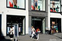 Salah satu toko branded di Koenigsalle (Wahyu/detikcom)