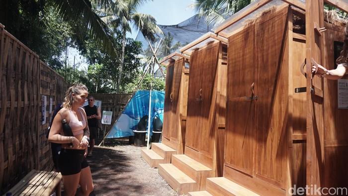 Percaya nggak percaya, toiletnya memang tidak berbau pesing sama sekali. (Foto: Khadijah Nur Azizah/detikHealth)