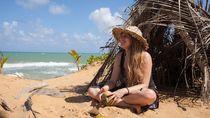 Keren! Paket Wisata Ini Ajak Traveler Cicip Kelapa dan Tanaman Liar