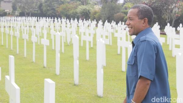 Di dalam nisan tertera nama-nama orang Belanda maupun Indonesia beserta tahun mereka dikuburkan. Namun, di antara papan tersebut ada yang ditulis Onbekend atau jenazah yang tak dikenal. (Yudha Maulana/detikcom)