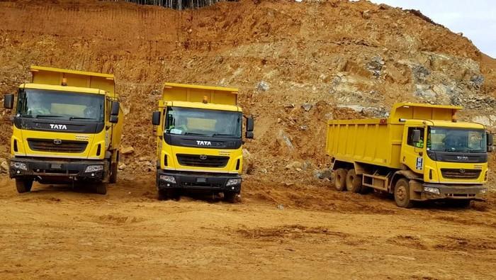 PT Aneka Tambang Tbk (ANTAM) melalui anak perusahaannya PT Sumberdaya Arindo (SDA) menambah armada truck di kawasan pertambangan nikel Halmahera guna mendukung meningkatnya permintaan dan produksi nikel.