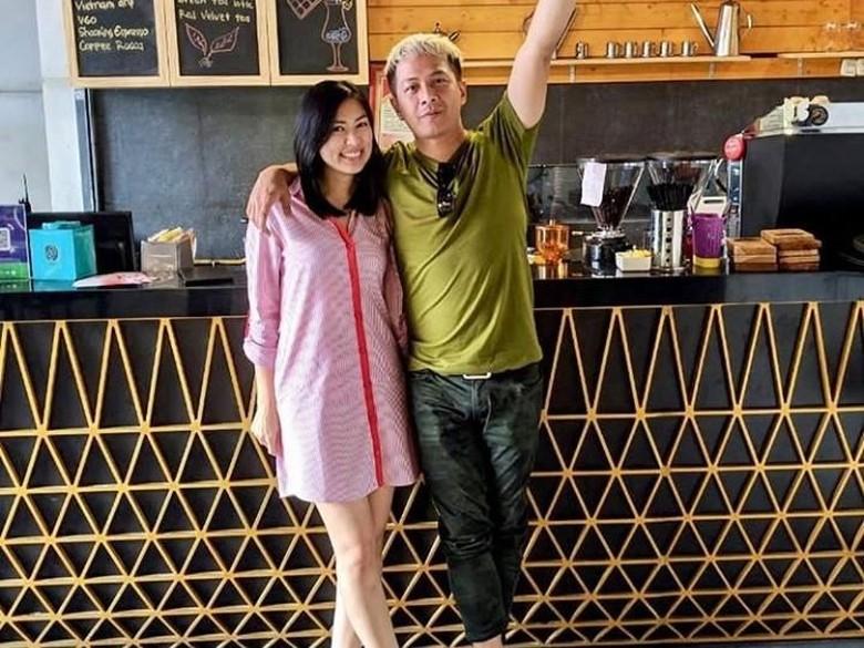 Foto: Delon Thamrin dan Aida (Instagram Aida Noplie Chandra)