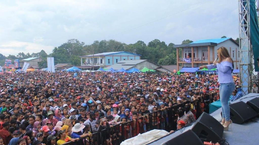 Festival Crossborder Aruk Gaet 2.361 Wisatawan Malaysia