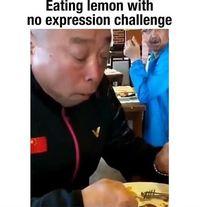 Aneka Ekspresi Lucu Netizen Saat Ikut 'Eating Lemon with No Expression'