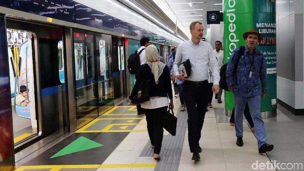 Seminggu Beroperasi, MRT Jakarta Ditumpangi 78.000 Orang/Hari