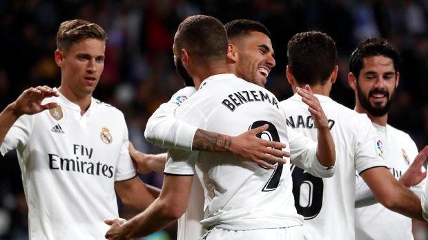 Real Madrid mengincar Paul Pogba.