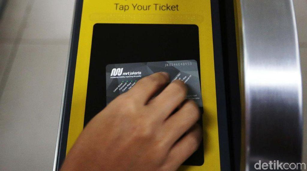 Mungkinkah Ada Tarif MRT Khusus untuk Pelajar?