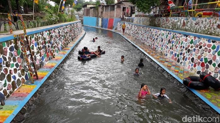 Saluran irigasi, Blawong Satu Riverside Tubing, Bantul. Foto: Pradito Rida Pertana/detikcom