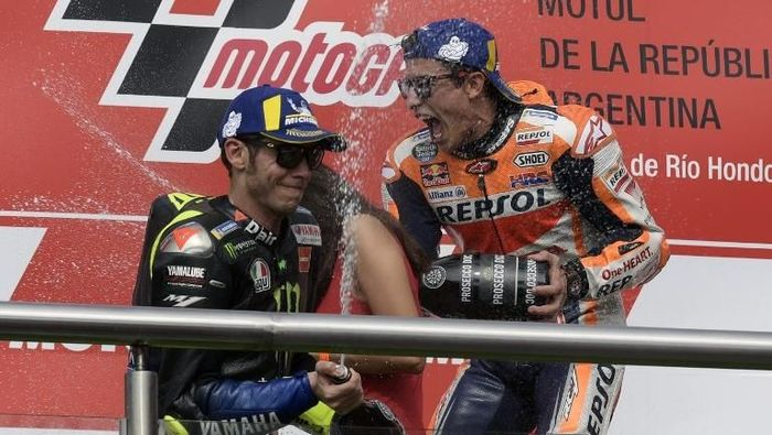 Valentino Rossi tak melihat Marc Marquez di MotoGP Argentina (Juan MABROMATA / AFP)