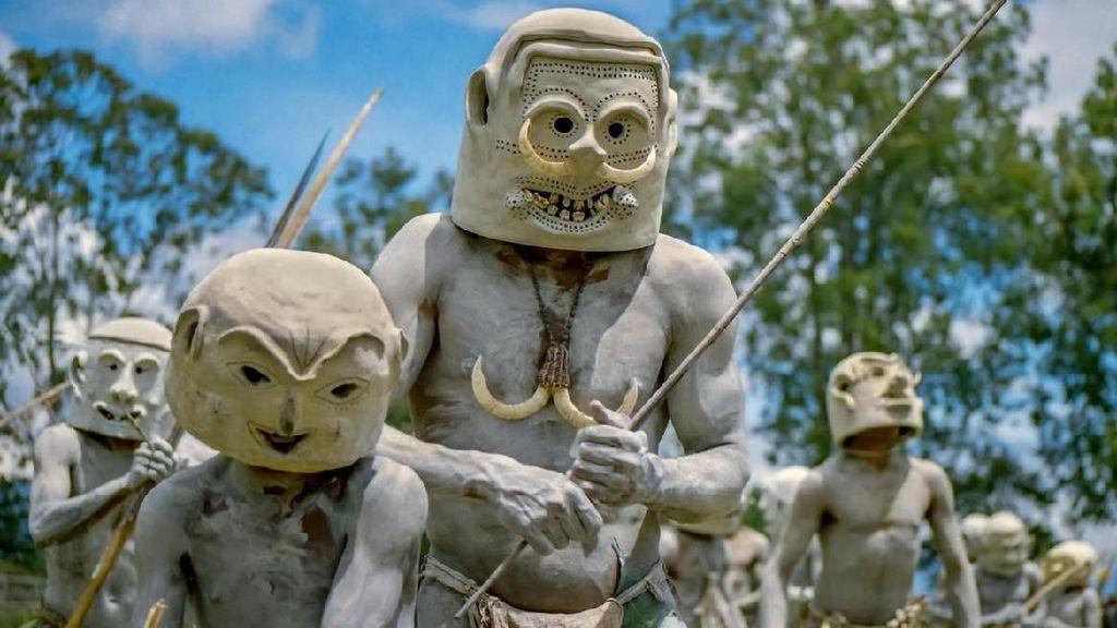 Ngeri! Ini Suku Paling Menyeramkan di Dunia