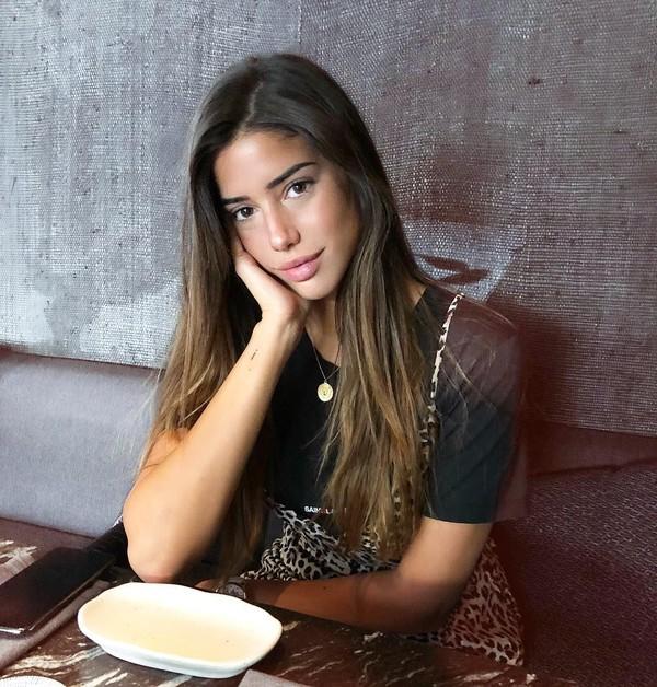 Sepertinya Nadia memang gadis yang sederhana dan tidak berlebihan dalam berdandan. Saat ini Nadia diikuti 223 ribu orang followers di Instagram. (Instagram/@nadiavilesgarcia)
