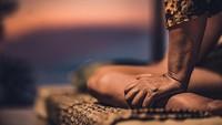 5 Trik Jitu Berikan Pijatan Mesra bagi Pasangan