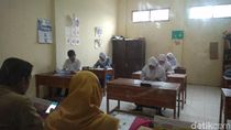 Cerita Siswa SLB di Cirebon Ikuti Ujian Nasional