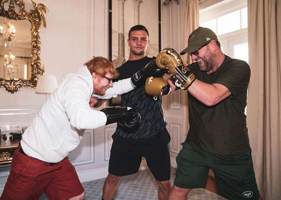 Kenalkan Bodyguards Ed Sheeran yang Lucu Abis