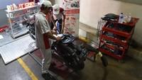 Kehadiran layanan after sales dengan kualitas dan standar yang sama dengan layanan AHASS dapat memudahkan konsumen yang ingin melakukan perawatan dan perbaikan saat kendaraan diparkir di pusat perbelanjaan tersebut. Istimewa/Wahana Makmur Sejati.