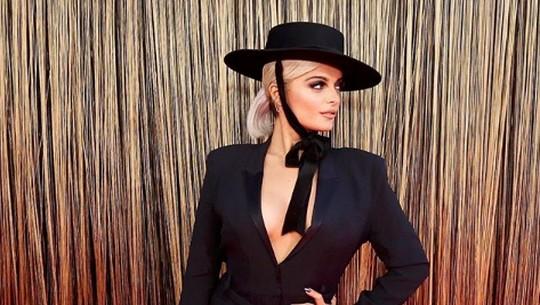 Bebe Rexha Curhat Soal Pengalaman dan Orientasi Seksual