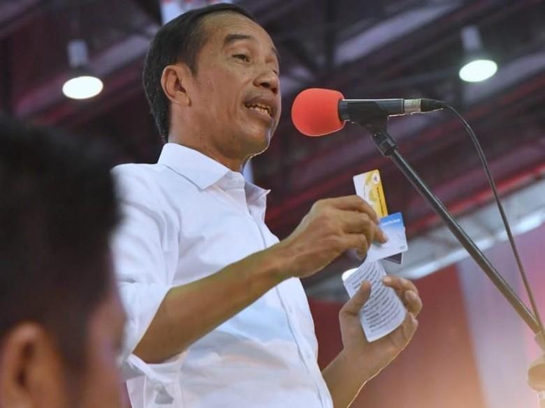 Alumni Trisakti Launching Lagu Tersenyumlah Indonesia untuk Jokowi