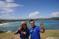 Para pemenang Vitamin Sea di Bukit Merese (Syanti Mustika/detikTravel)