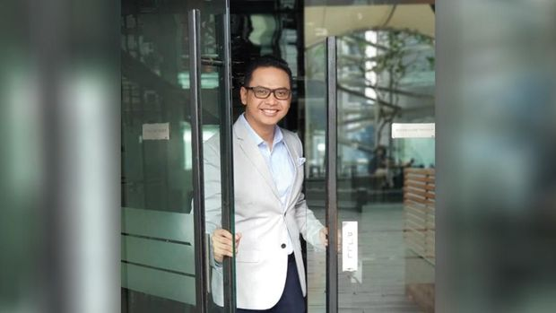 Balques Manisang dan Tomy Ristanto Moderator Debat Pamungkas