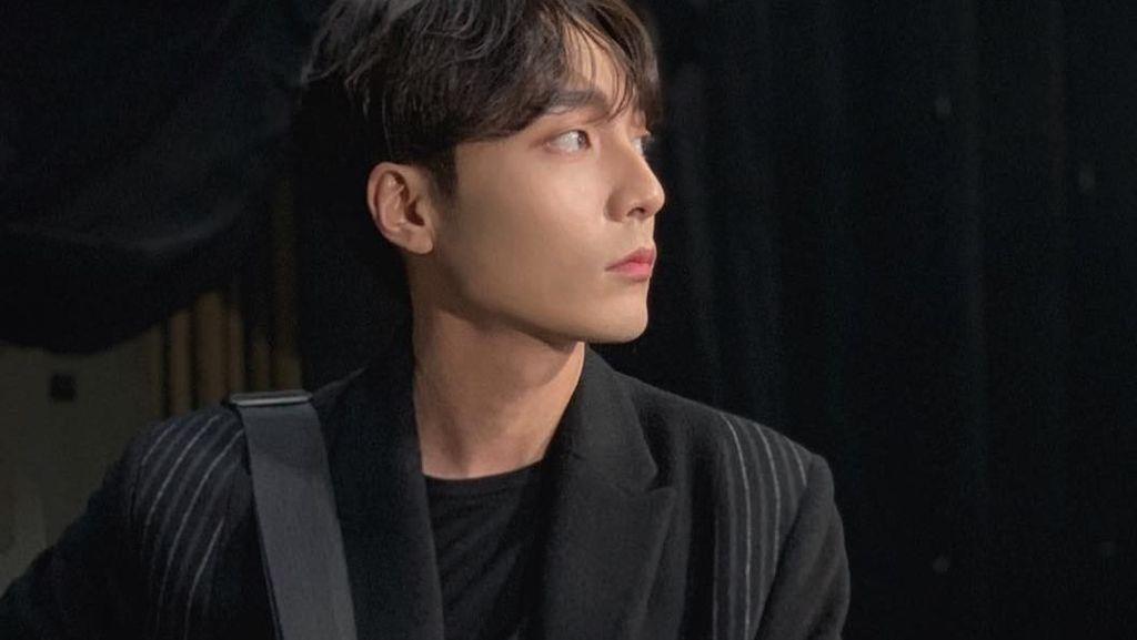 Terseret Kasus Grup Chat JJY, Roy Kim Puncaki Trending Topic Dunia