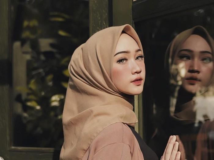 5 Cara Endorse Selebgram Hijab Di Instagram Pemilik Online Shop Wajib Tahu
