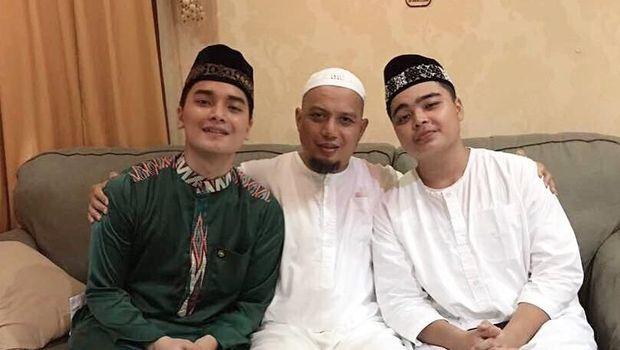 Arifin Ilham dan anka-anaknya