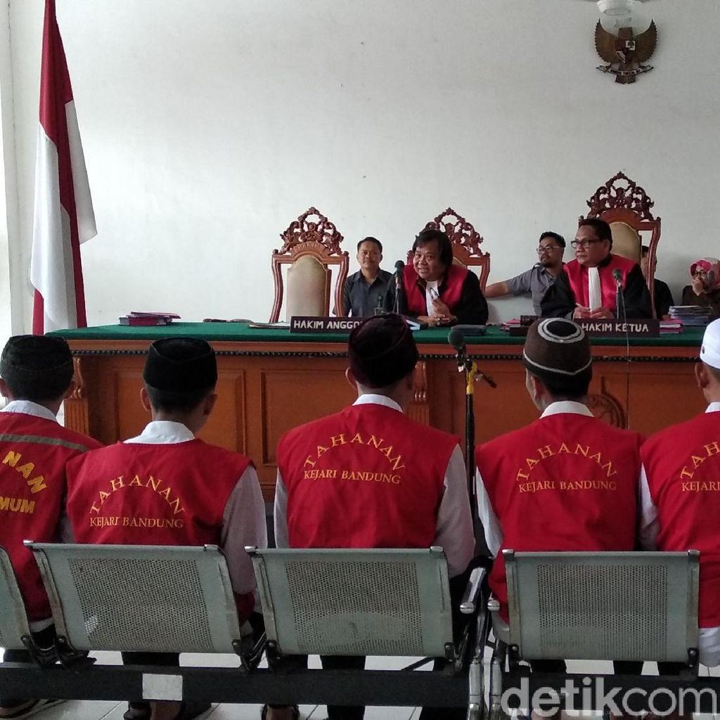 Vonis Hakim Bagi 14 Pengeroyok Suporter Persija Haringga Sirla