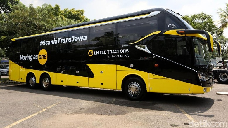 Bus Scania Foto: Agung Pambudhy