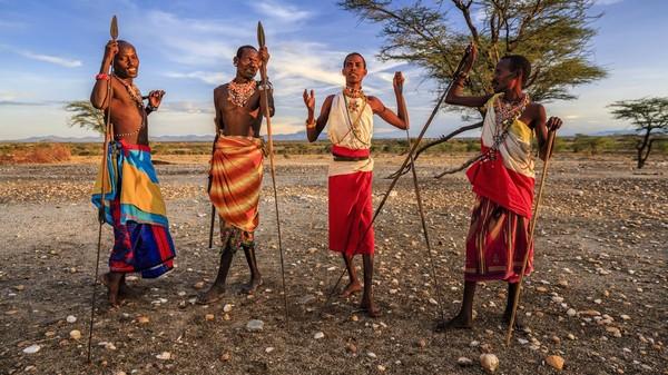 Suku Maasai punya budaya berburu singa. Berburu singa merupakan suatu tes bagi para prianya untuk jadi Empikas alias prajurit yang siap melindungi wilayahnya (iStock)