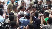 Tiba di Sragen, Presiden Jokowi Disambut Warga di Sepanjang Jalan