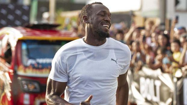 Bolt sejak kecil lebih menyukai sepak bola ketimbang atletik. (