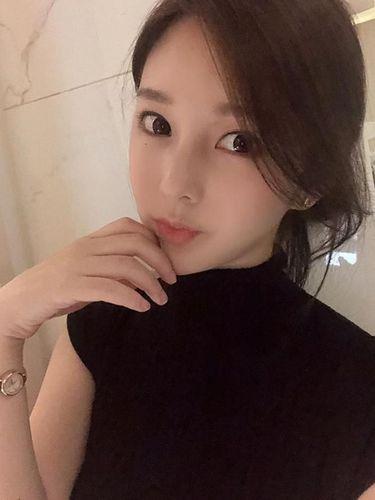 Yaongyi, penulis webtoon