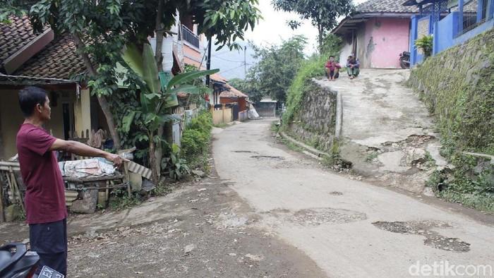 Foto: TKP Penyergapan teroris di Batujajar (Yudha-detik)