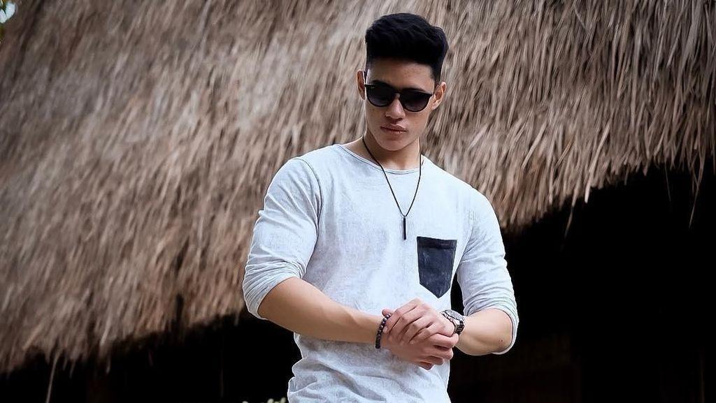 Angkat Beban Sejak Umur 13 Tahun, Begini Rahasia Enrique Bangun Otot Kekar